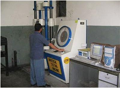 Universal Testing Machine (UTM)